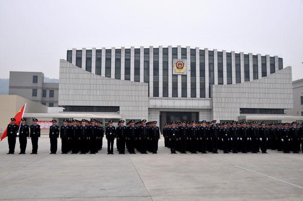 省纪委书记施克辉到省反腐倡廉教育基地视察工作